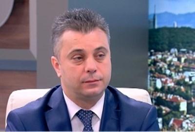 Организационният секретар на ВМРО Юлиан Ангелов е сред вносителите на проекта за промени.