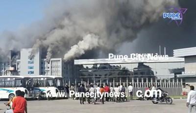 Пожар избухна в Серумния институт на Индия, който е най-големият световен производител на ваксини СНИМКА: Ройтерс