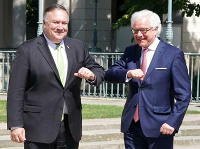 Държавният секретар на САЩ Майк Помпейо и полският външен министър Яцек Чапутович СНИМКА: Ройтерс