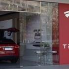 """""""Тесла"""" поиска от съда да обяви за незаконни митата за внос от Китай"""