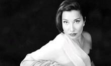 Абсурдна лекарска грешка възпря шеметната кариера на Дарина Такова