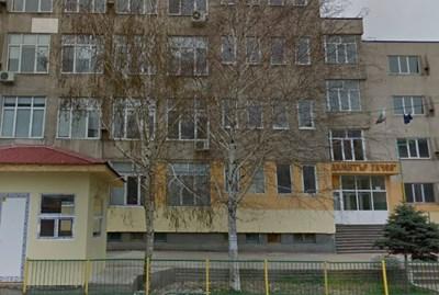 """Група ученици от СУ """"Д. Гачев """" в Пазарджик са били върнати от Рим заради коронавируса Снимка """"Гугъл стрийт вю"""""""