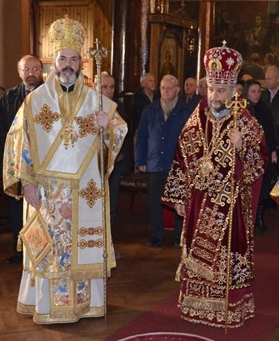 Западно- и Средноевропейският митрополит Антоний и новият Старозагорски владика Киприян (вдясно)