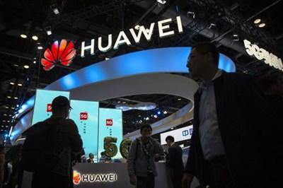 Производителите на смартфони в Китай се подготвят за пиковия сезон на пазара