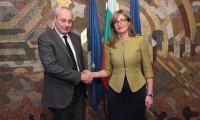 Роберто Антонионе и министър Екатерина Захариева СНИМКА: МВнР