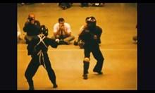 Брус Лий в демонстрация на бойни изкуства през 1967
