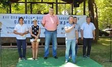 Любо Ганев подписа за национален център по плажен волейбол