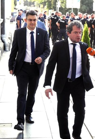 """Номинираният за премиер Пламен Николов и заместник-шефът на """"Има такъв народ"""" Тошко Йорданов"""