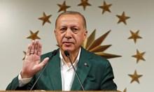 Истанбул е най-болезнената загуба за Ердоган. Партията му твърди, че има купени гласове. Очакват се репресии срещу опозиционните кметове