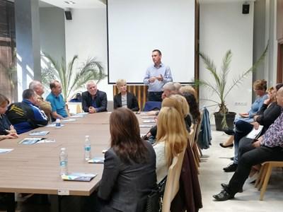 """Димитър Николов говори пред ръководството на """"Подкрепа"""" и получи подкрепата им за изборите"""