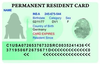 От 1 октомври се въвеждат нови правила за получаване на зелени карти. СНИМКА: BlogExpat.com