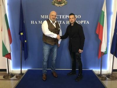 Министърът на младежта и спорта Красен Кралев проведе среща с BMU европейския шампион по мотоциклетизъм Мартин Чой. Снимка ММС