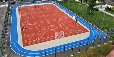 След обновяването им училищните дворове в Бургас станаха изключително привлекателни за спорт от малки и  големи.