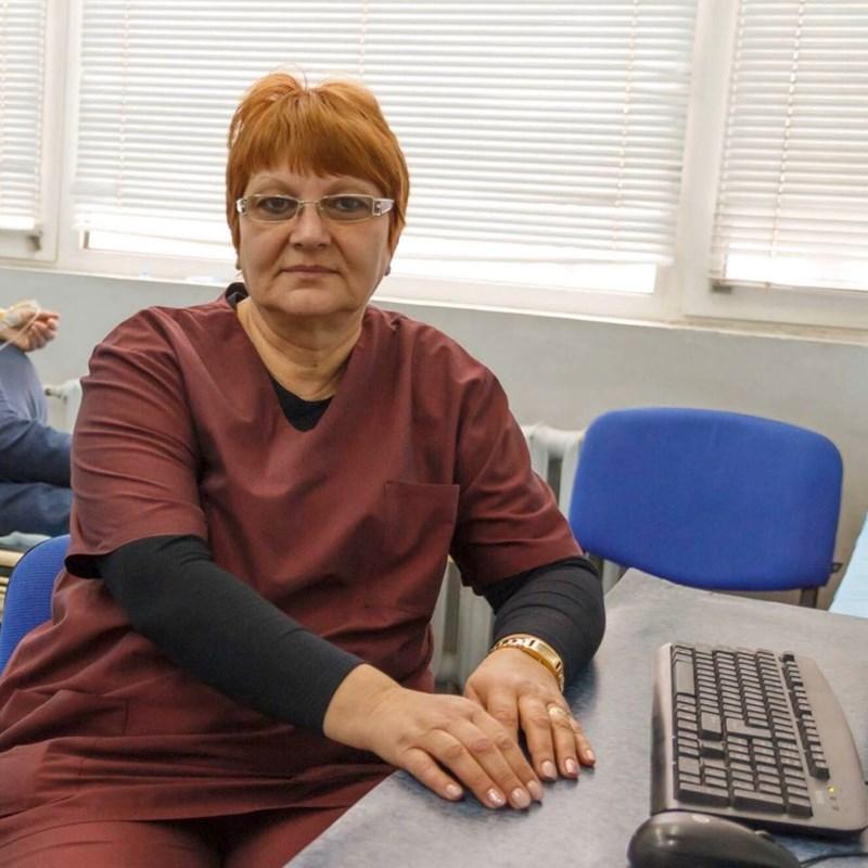 Д-р Пенка Луканчевска е ръководител на спешното отделение.