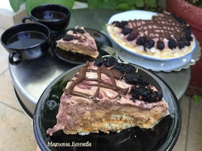 Бисквитена торта с пъпеш