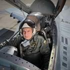 Тишина при смъртта на пилота като при катастрофата с Гагарин. Тогава се мълчеше, за да няма още една трагедия