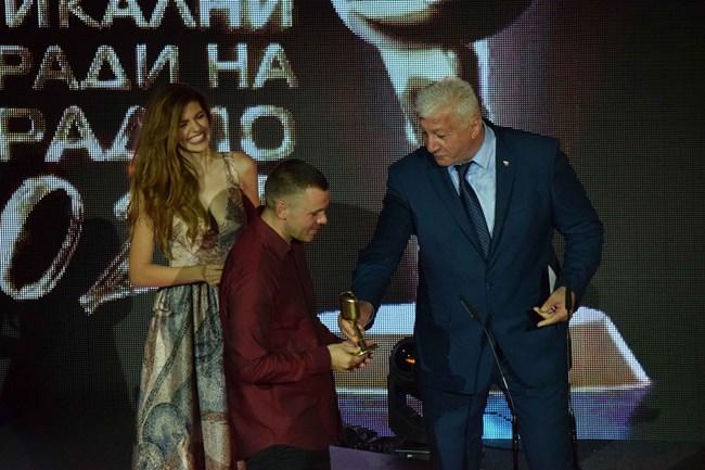 Михаела Филева и Зико връчиха третия приз на Ицо Хазарта.