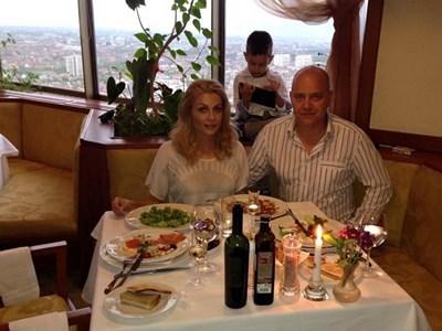 Венета Райкова с Тишо СНИМКА: Фейсбук