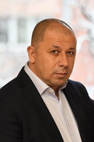 Томислав Цолов е основател и генерален мениджър на APRA Porter Novelli.