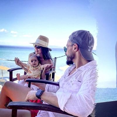 Кадър от семейната почивка на Наум Шопов, Теа и Амая. СНИМКА: ОФИЦИАЛЕН ПРОФИЛ НА НАУМ ШОПОВ ВЪВ ФЕЙСБУК