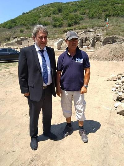 Министър Боил Банов посети разкопките на Хераклея Синтика. СНИМКИ: ИСТОРИЧЕСКИ МУЗЕЙ-ПЕТРИЧ.