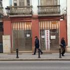 """Високите наеми и хроничната липса на клиенти принуди редица магазини на ул. """"Христо Г. Данов"""" да затворят врати.  Снимки: Авторът"""