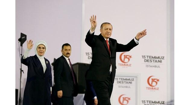 Три знакови района на Истанбул предадоха Ердоган. Президентът игра вабанк и загуби