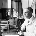 Преди Ландщайнер да открие кръвните групи, много пациенти са умирали при кръвопреливане заради несъвместимост с кръвта на донора.