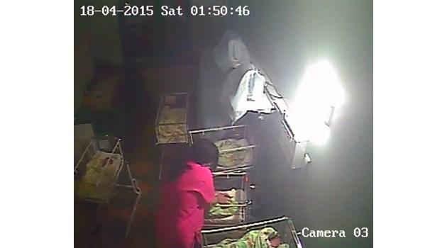 Съд: Поне 39 пъти акушерката е удряла с юмруци бебето Никол