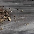 Падащи камъни по пътя Асеновград-Смолян има редовно и често предизвикват катастрофи.