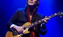 """Китаристът на """"Дженезис"""" Стив Хакет: Брекзит е ужасна идея и само ще навреди на музикантите"""