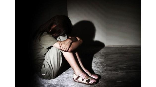 4 години не реагират срещу учителя педофил от Дулово