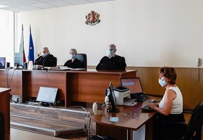 Заседанието на пловдивския апелативен съд се проведе чрез видеоконферентна връзка