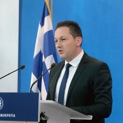 Говорителят на гръцкото правителство Стелиос Пецас СНИМКА: Туитър