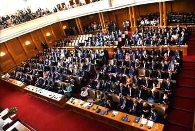 Депутатите в 46-ия парламент обединени около идеята за съдебна реформа. СНИМКА: Велислав Николов