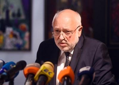 Проф. Велислав Минеков - служебен министър на културата