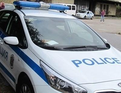 Двама загинаха след удар на джип стълб в село Леново