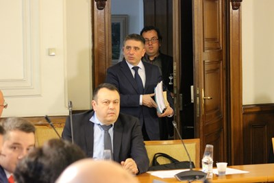 Председателят на парламентарната правна комисия Данаил Кирилов не отстъпва за преференциите. СНИМКА: Румяна Тонeва