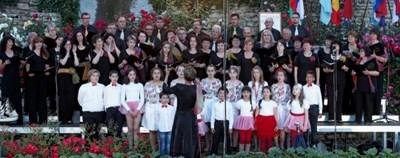 """11 хорови състава участват във фестивала """"Черноморски звуци"""" в Балчик"""
