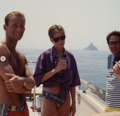 Невиждана снимка показва принцеса Даяна на яхта с принц Кирил