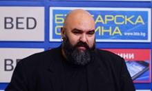 До вчера Мангъров беше против маските, днес, като шеф на COVID отделение призовава да се носят