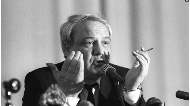 Обвиненията за детско порно убиха легендарния дисидент Владимир Буковски
