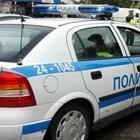 Задържаха 11 мъже след сбиване пред блок в Ботевград