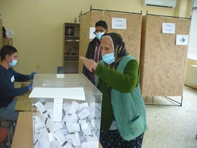 100-120 хил. гласа ще са достатъчни партия да премине бариерата от 4% преди изборите