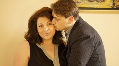 Бачев заедно със съпругата си Милена Видер, която също е актриса.  СНИМКИ: ЛИЧЕН АРХИВ