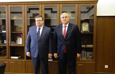 Цацаров с колегата си Мехмет Акарджа в София през 2016 г. Миналата седмица двамата се видяха в Турция. СНИМКА: ПРБ