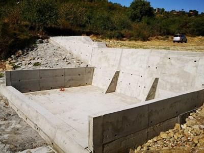 Горските ремонтираха три баража край Петрич