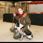 Най-скъпото пастирско куче в света - Меган, и Ема Грей, която развъжда кучета порода бордър коли Снимка: YouTubе/ LATEST NEWS 24h