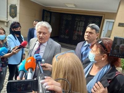Бойко Рашков представи новия зам.-директор на ОД на МВР в Пловдив Петър Тодоров (вдясно)