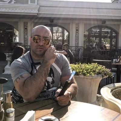 Димитър Желязков-Митьо Очите е бил пипнат от турските полицаи по бели гащи в Истанбул.